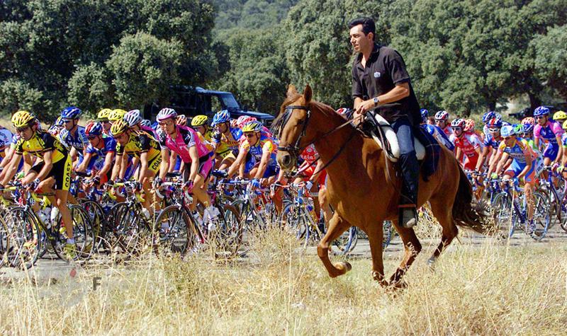 """مسیر تور دوچرخه سواری اسپانیا از """"سالامانکا"""" به """"وایادولید"""". 9 سپتامبر 2001"""