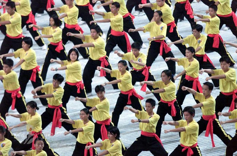 افتتاحیه مسابقات ورزشی جنوب شرق آسیا در مالزی. 8 سپتامبر 2001
